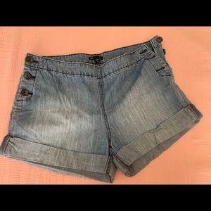 Gap Denim Button-up shorts